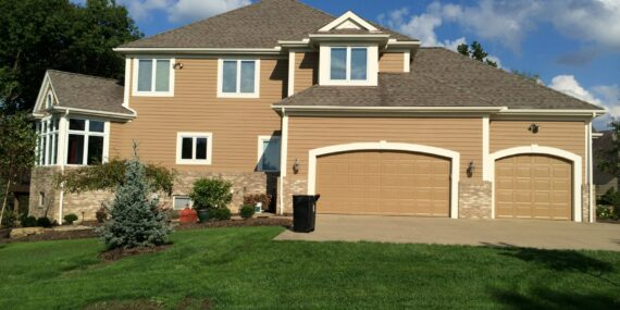 siding and garage door restoration