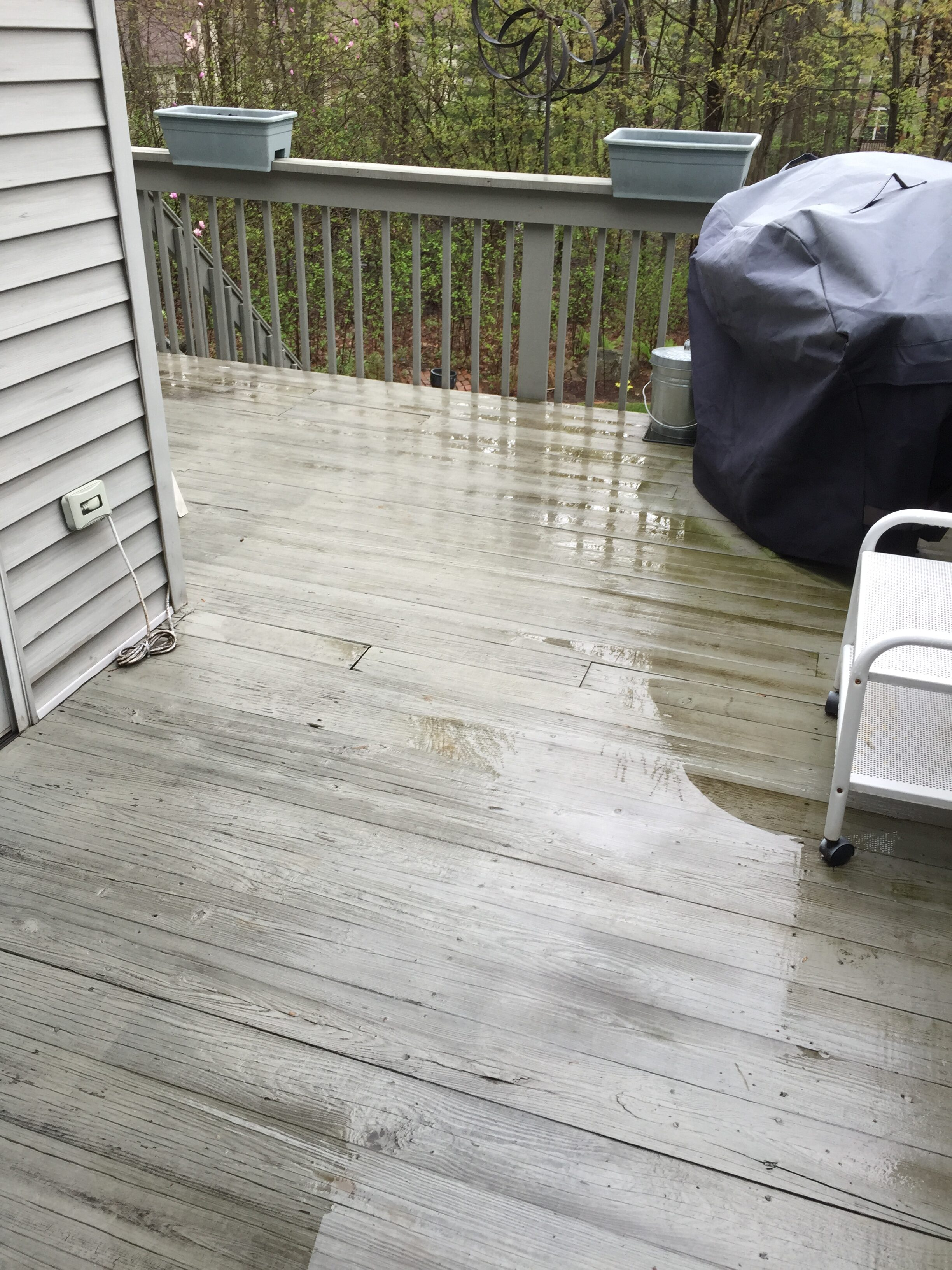 chagrin-falls-deck-painting
