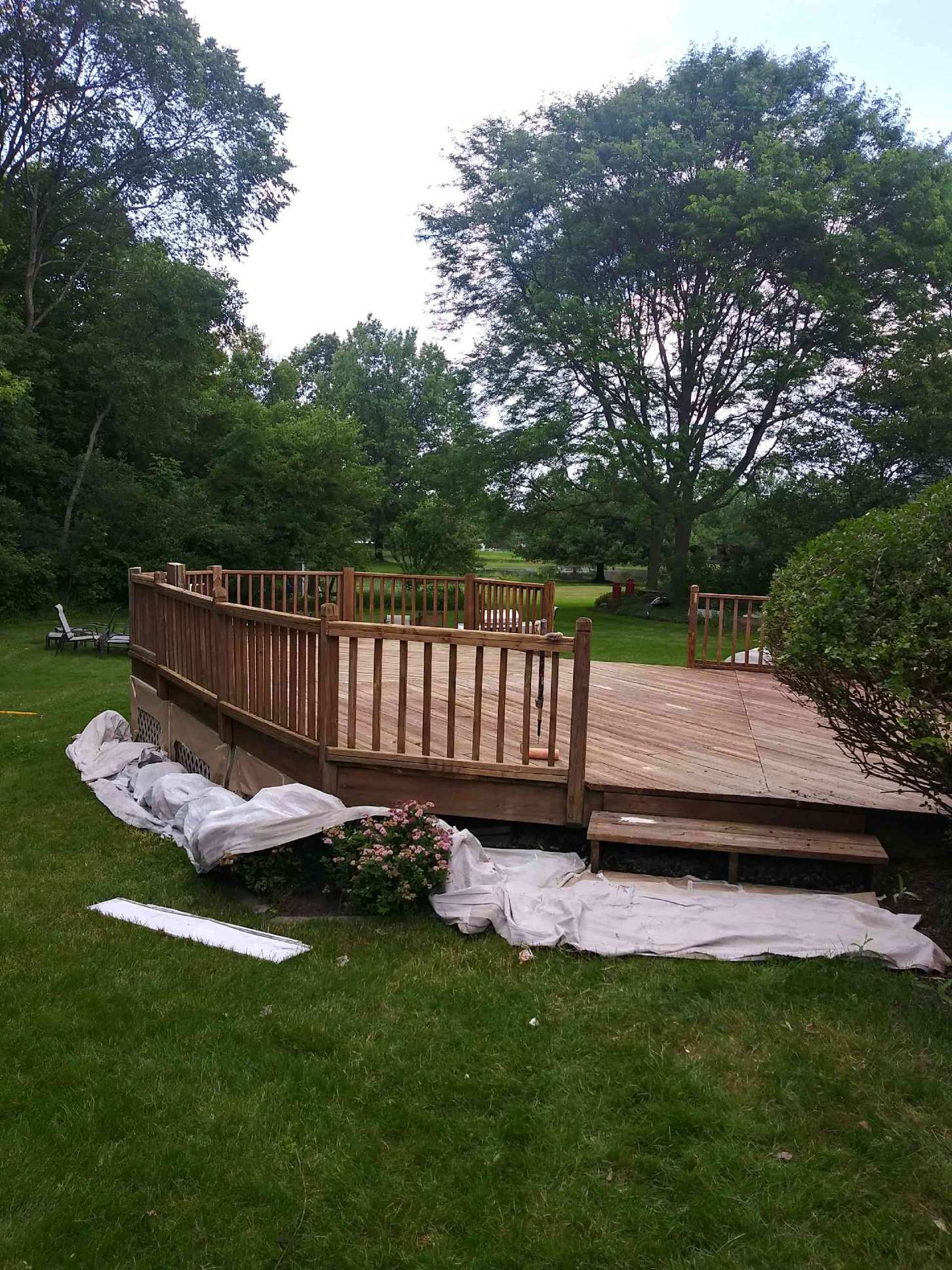 chagrin-falls-deck-painting-professional