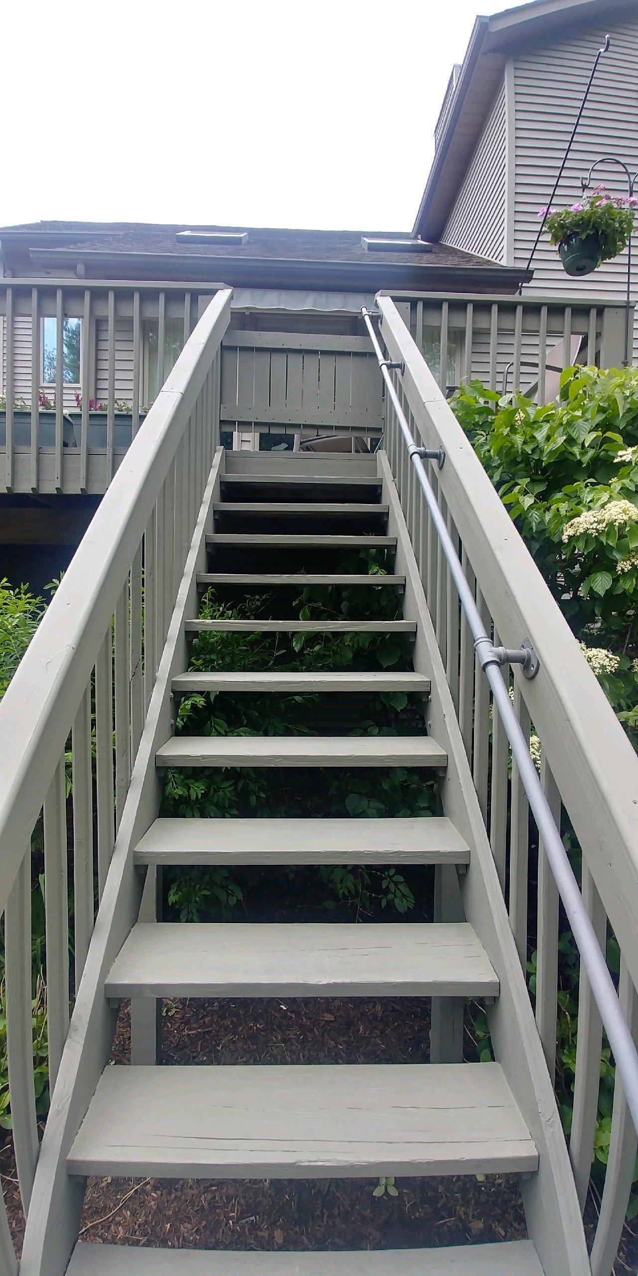 chagrin-falls-exterior-deck-painters