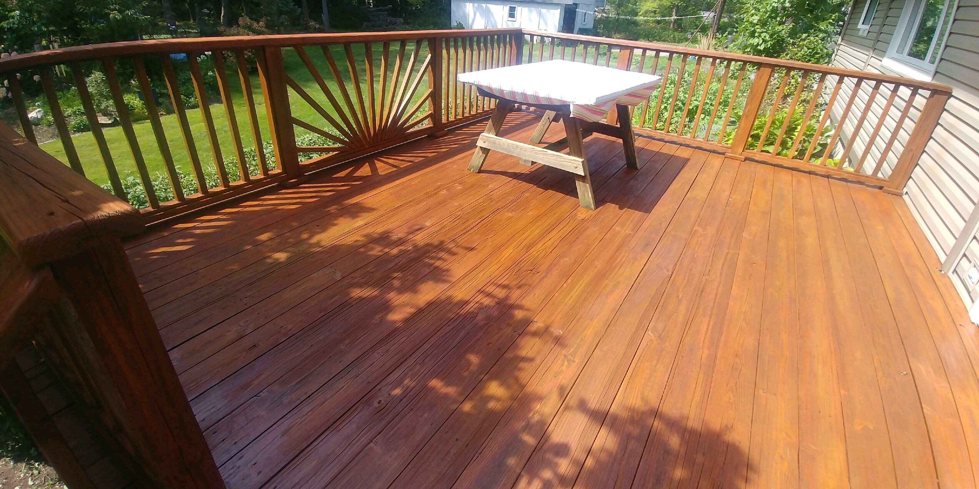 kirtland-exterior-deck-stain